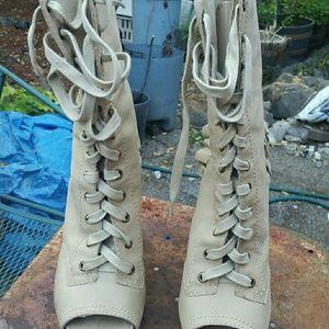Betsey Johnson Hugh heel boots